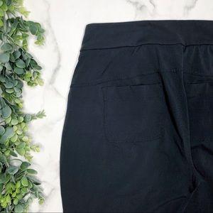 Athleta Pants - ATHLETA Trekkie Crop Pants in Flagstone Gray